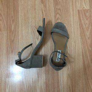 Steve Madden mini block heels size 7.5